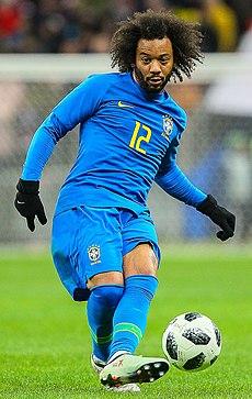 Marcelo em uma partida com a Seleção Brasileira em 2018. e2004f3a09faa