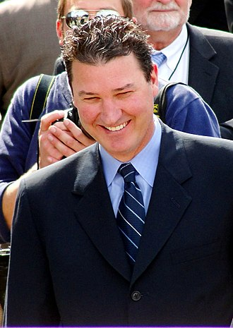 Mario Lemieux - Lemieux in 2012 during the unveiling of a statue of him