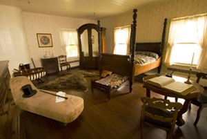 Fort Vancouver National Historic Site - Image: Mcloughlin house interior
