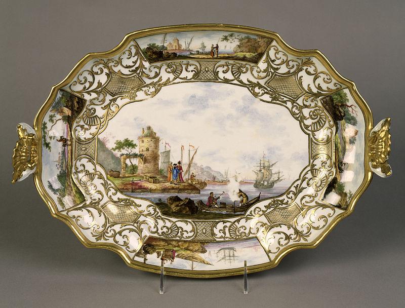 Meissen Porcelain Manufactory - Terrine and Platter - Walters 48921 (2).jpg