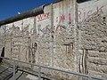 Memorial del muro de Berlín y Topografía del terror (Niederkirchnerstrasse) 02.jpg