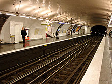 Metro de Paris - Ligne 3 - Europe 02.jpg