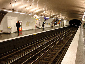 Europe (Paris Métro) - Image: Metro de Paris Ligne 3 Europe 02