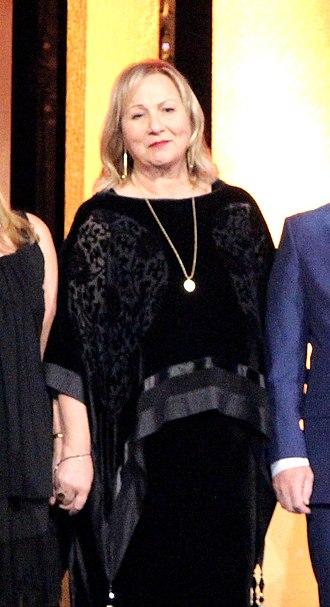 Mimi Leder - Image: Mimi Leder at the 75th Annual Peabody Awards for The Leftovers
