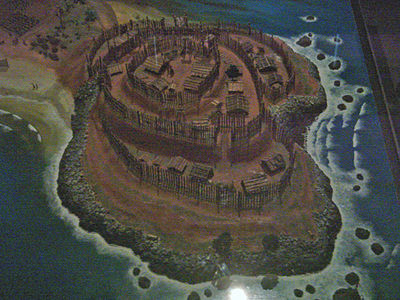 Model of a pa (hillfort) built on a headland. Pa proliferated as competition and warfare increased among a growing population. Model Of Maori Pa On Headland.jpg