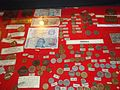 Monedas argentinas Esquina.jpg