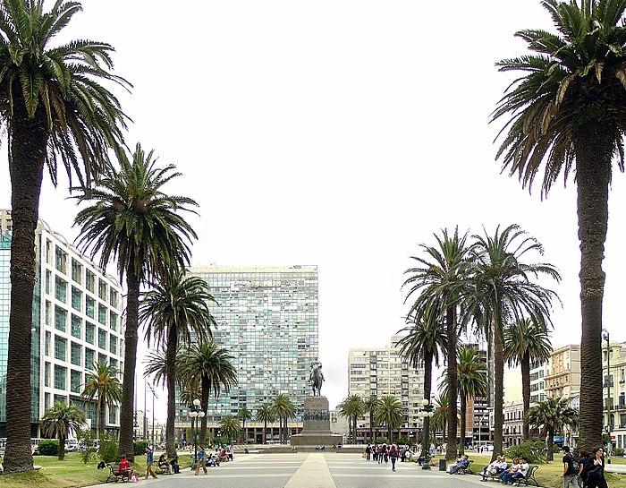 Montevideo Décembre 2007 - Plaza de Armas 4.jpg