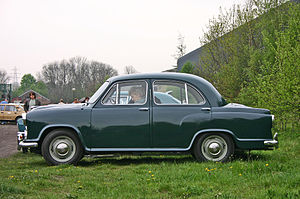 Hindustan Ambassador - Side view of 1956 Morris Oxford Series III that remains unchanged till date except for frontal grill changes