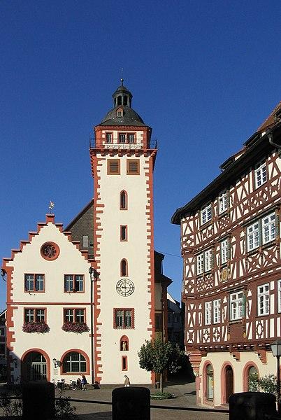 Archivo: Mosbach rathaus.jpg