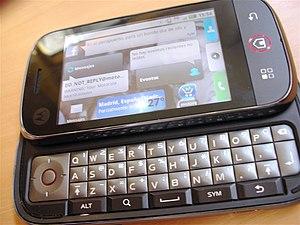 Motorola Cliq - Image: Motorola Dext (3949495679)