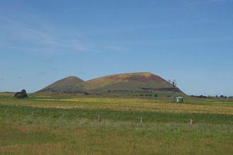Newer Volcanics Province - Mount Elephant viewed from Derrinallum, Oct. 2010