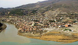 Mtskheta panorama with the Svetitskhoveli cathedral (January 2013).jpg