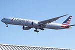 N728AN Boeing 777 American (14809031702).jpg