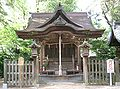 Nagano Jinja2(Honden).jpg