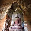 Nagayon statues Bagan (131027).jpg