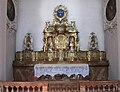 Neue Pfarrkirche St. Margaret Seitenaltar Muenchen-1.jpg