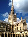 Norwich Cathedral, spire and south transept.jpg