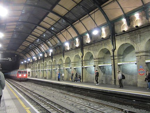 Notting Hill Gate C&D Line platforms at night Nov 2011