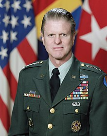 Official Military Portrait of General William R. Richardson 1984.jpg