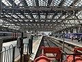 On platform of Glasgow Central Station 04.jpg