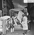 Opdracht Volkskrant. Leger des Heils slaat meubilair va bezetters Sarphatistraat, Bestanddeelnr 934-6552.jpg