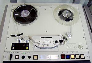 Open reel audio tape recorder1.jpg