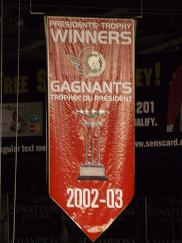 360px-Ottawa_Senators_Presidents_Trophy_