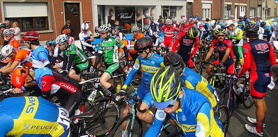 Oudenaarde - Ronde van Vlaanderen Beloften, 11 april 2015 (C30).JPG