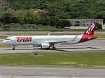 PT-XPM TAM Linhas Aéreas Airbus A321-211(WL) - cn 6949 (25441909171).jpg