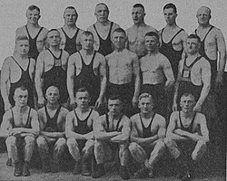 Participants at the wrestling championships in Savonlinna 1923.jpg