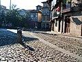 Passeios e Edifícios na Praça de Santiago.jpg