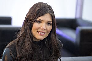 Paula Seling, ESC2014 Meet & Greet 13 (crop).jpg