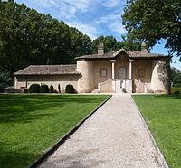 Pavillon de chasse du Roi René RD7 Gardanne Bouches-du-Rhône.JPG