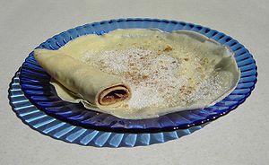 Palatschinke - Image: Pfannkuchen mit Zucker