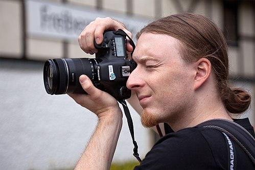 Photographer Wiki Loves Monuments in Freiberg 2013.jpg