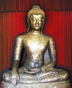 http://upload.wikimedia.org/wikipedia/commons/thumb/2/26/Phra_Buddhu_Sukothai_Samrit.jpg/240px-Phra_Buddhu_Sukothai_Samrit.jpg