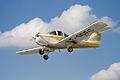 Piper PA-38-112 Tomahawk F-GOFC in flight.jpg
