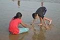 Playful Children - New Digha Beach - East Midnapore 2015-05-01 8843.JPG