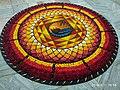 Pookkalam (Onappookkalam) Цветочный ковер в Ашраме Nithyananda Hosdurg Kanhangad 03.jpg