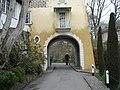 Portmeirion - an archway - geograph.org.uk - 1174485.jpg