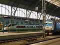 Praha Hlavní nádraží, Pendolino a lokomotiva 362.jpg