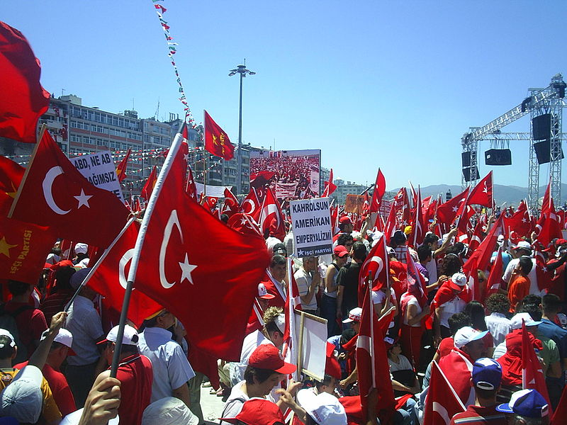 File:Protect Your Republic Protest İzmir12.JPG