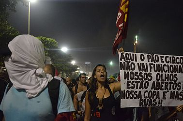 Protest against the World Cup in Copacabana (2014-06-12) 11.jpg