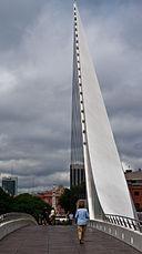 Puente de la Mujer, Puerto Madero, Buenos Aires, Argentina, 29th. Dec. 2010 - Flickr - PhillipC.jpg