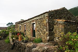 Lajes das Flores - One of the former residences in the village of Cauda