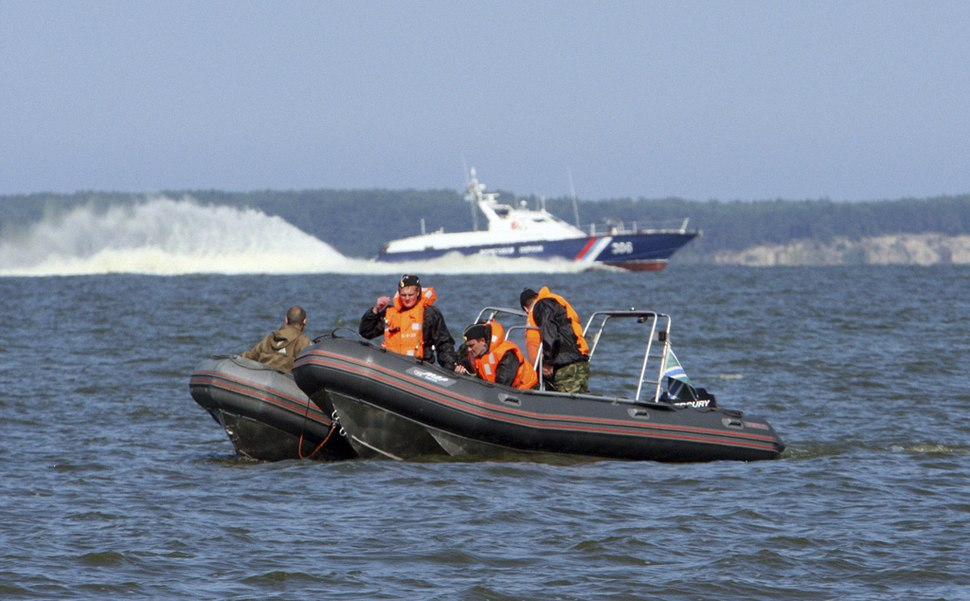 RIAN archive 942200 Border guards of the Federal Security Service pursuing trespassers of the maritime boundary during exercises in Kaliningrad region