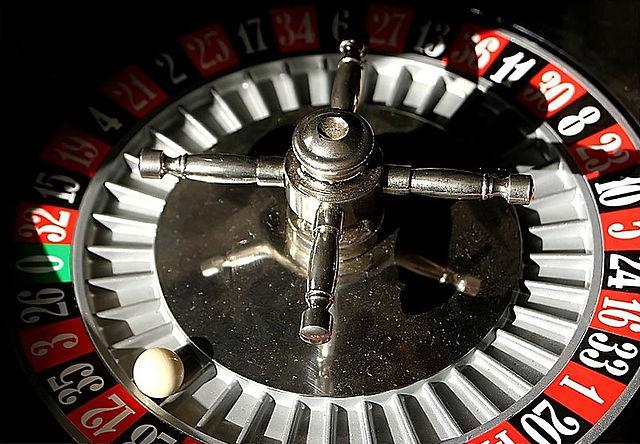 [Obrazek: 640px-Roulette_wheel.jpg]
