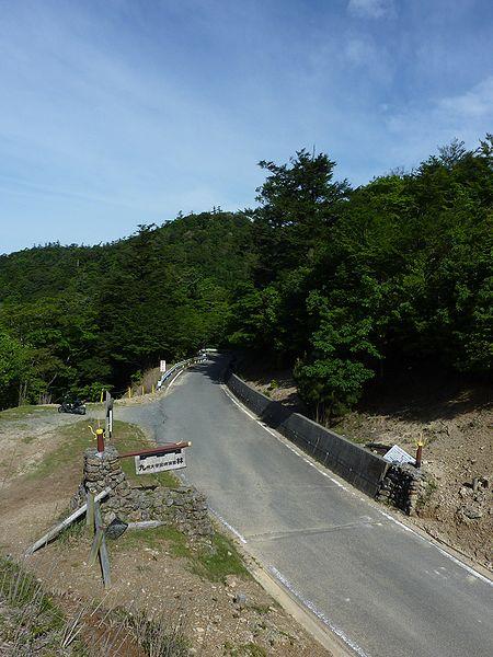 File:Route388 Okawachi Pass West 2010.JPG