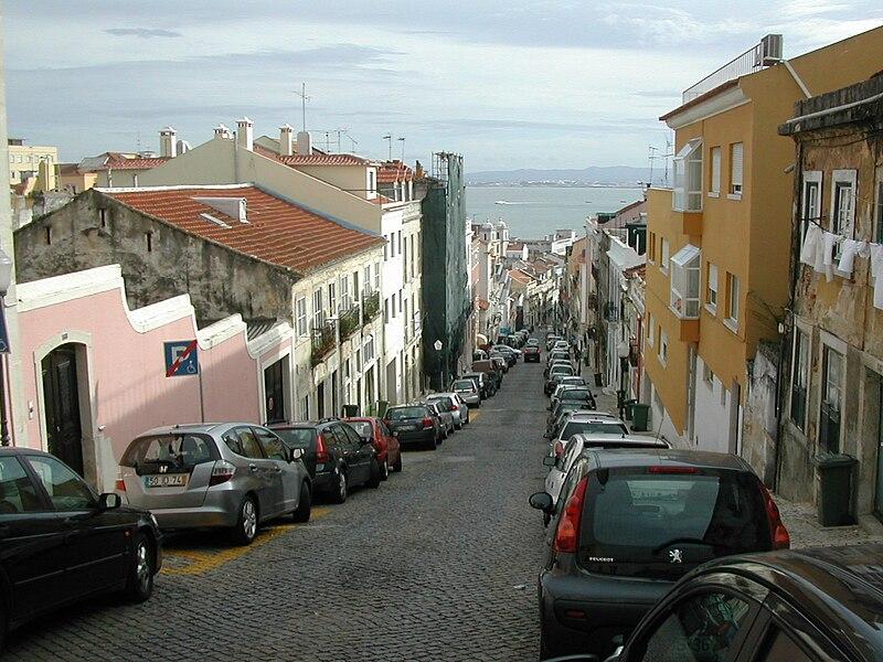 Ficheiro:RuaMadragoa.JPG