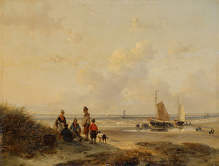Rustende vissers op een strand bij helder weer